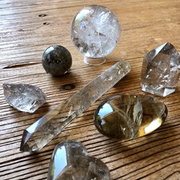 Whispering Stones Jewelry: BLOG - Boo! Stones to Ground & Protect